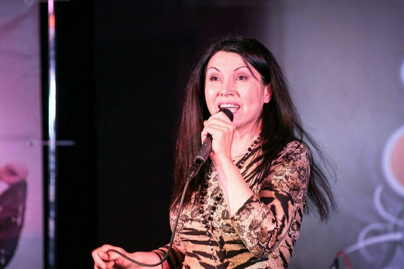 Галина Оганезова. Эстрадно-джазовая певица.